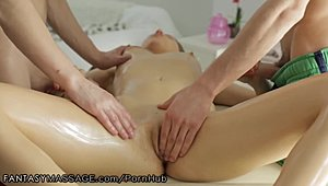 Passionate massage on the best hot XXX Movies